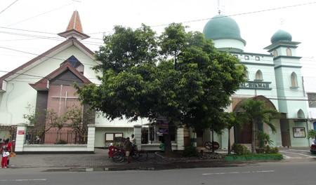 Hari Bhayangkara Ke 71 Di Solo Polsek Serengan Surakarta Kerja